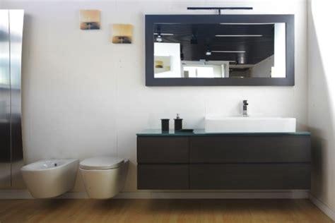 bagni sospesi moderni mobili bagno moderni sospesi prezzi sweetwaterrescue