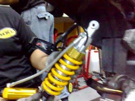 Shock Ohlins Jupiter Z bmw gs1150 04yr installed ohlins rear shock in singapore www teamhklracing