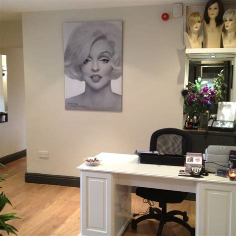 Hair Salon Reception Desk 34 Best Amazing Salons Spas From All Around The World Images On Pinterest