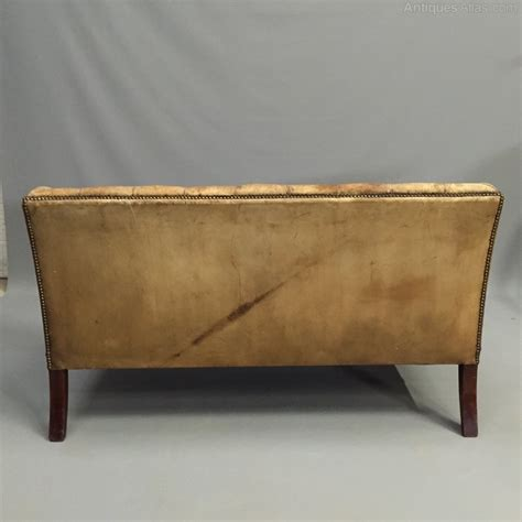 Leather Button Back Sofa 2 Seater Leather Button Back Sofa Antiques Atlas