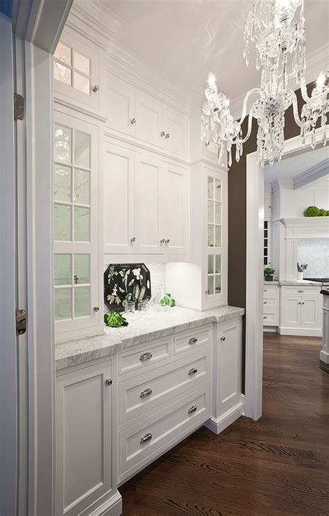 Built In Butlers Pantry by 25 Best Ideas About Built In Hutch On Built