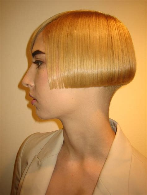 ear length haircuts modern ear length bob passion carr 233 hairstyles bobs