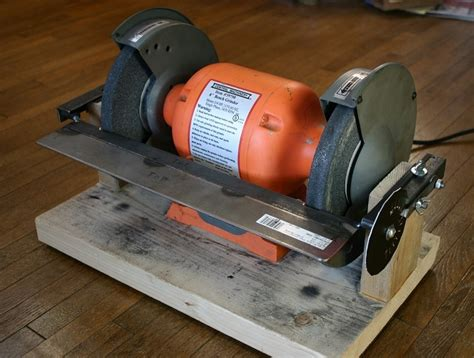 how to use a bench grinder to sharpen tools ez adjust bench grinder table 5 steps with pictures