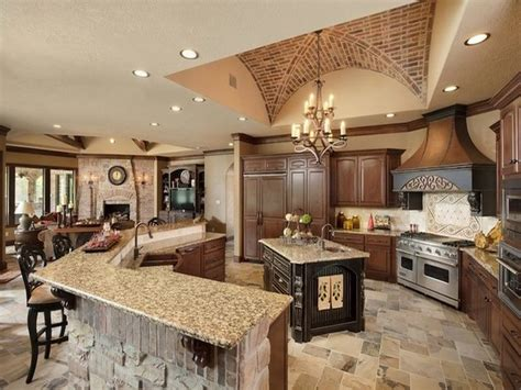 Great Room Cabinets