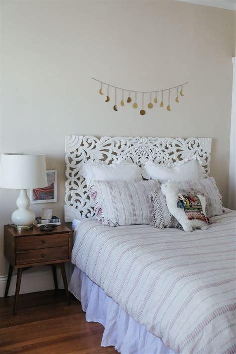 earthy bedroom ideas best 25 earthy bedroom ideas on pinterest diy bed frame