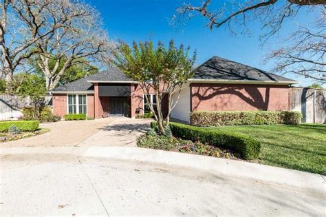hton place fort worth homes for sale gated