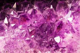what gives the gem amethyst its purplish color the most beautiful types of quartz w pics