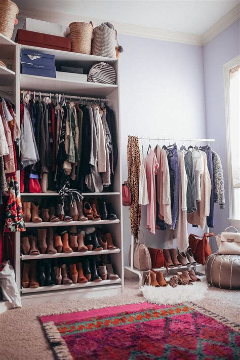 clean your closet how to clean out your closet closet organization tips