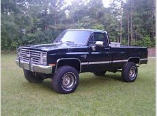 1985 Chevrolet C10/K10 - Information and photos - MOMENTcar Morris 4x4 Jeep Information
