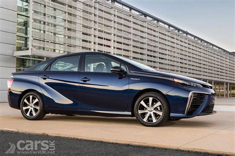 Hydrogen Toyota Toyota Mirai Hydrogen Fuel Cell Saloon Pictures Cars Uk