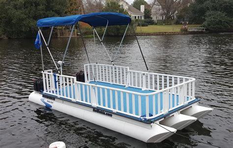where to buy small pontoon boats best 25 pontoon boats ideas on pinterest pontoon