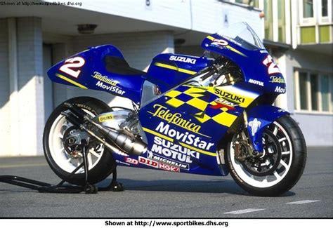 Suzuki Rgv500 Sportbike Rider Picture Website