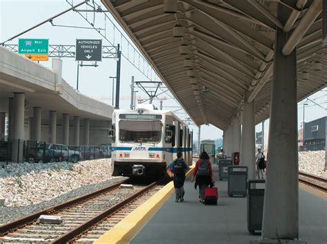 Light Rail To Airport by File Light Rail At Bwi Airport Station June 2003 Jpg Wikimedia Commons