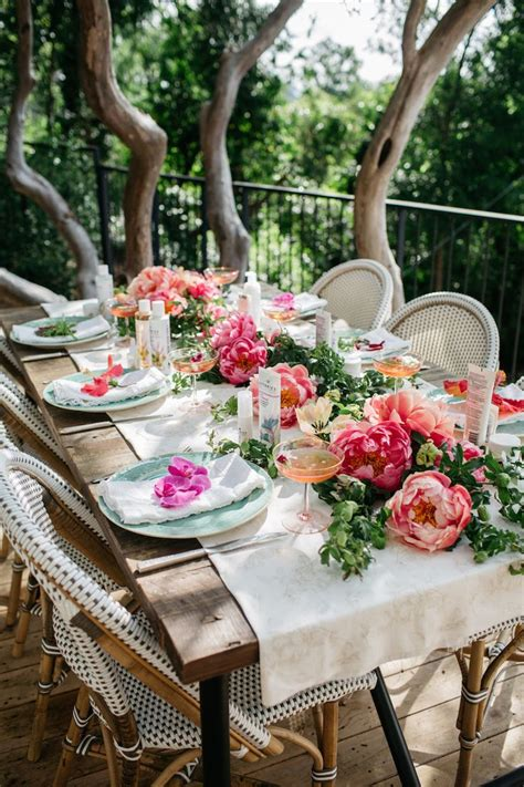 Garden Table Setting Ideas 1000 Ideas About Garden On Pinterest Garden Decorations Wedding Silverware And