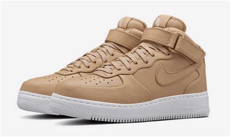 Nikelab Air One Mid Flax mens womens nike nikelab air 1 mid vachetta sp acronym flax geiger athletic sneakers