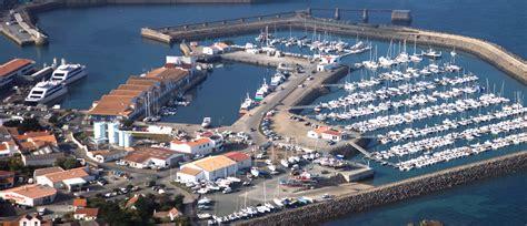 le port de commerce de l ile d yeu cci vend 233 e