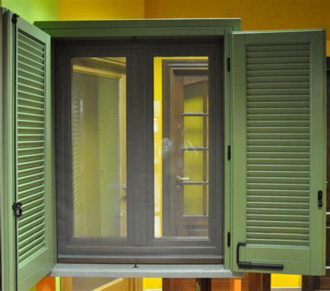 zanzariere per finestre con persiane persiane con zanzariere serramenti rinnovo infissi