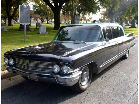 cadillac fleetwood limousine  sale classiccars