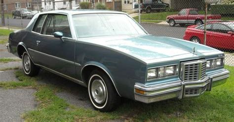 purchase used 1979 pontiac grand prix working ac dual flowmaster tuned up and road ready in