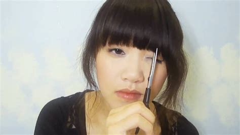 tutorial on cutting bangs tutorial for cutting straight bangs youtube