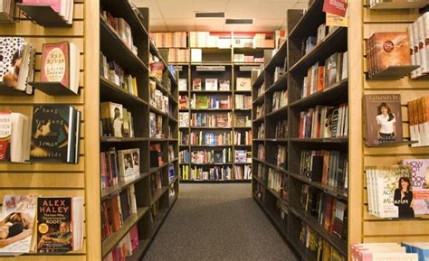 walden books nyc borders goes bankrupt ending 3 nyc stores crain s new