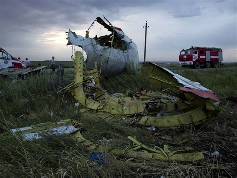 malaysia airlines flight 17 shot down in ukraine how did malaysia airlines update everything we know about the