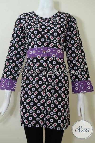 desain baju batik muslim elegan baju batik dasar hitam wanita til elegan blus batik