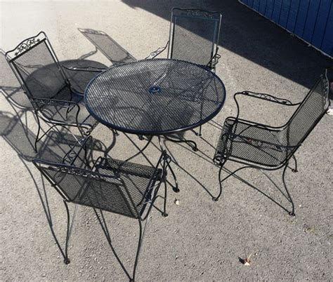 mesh wrought iron patio furniture wrought iron mesh chairs with wi mesh top table