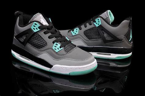 Sepatu Air 4 Green Glow cheap air 4 green glow grey cement grey black