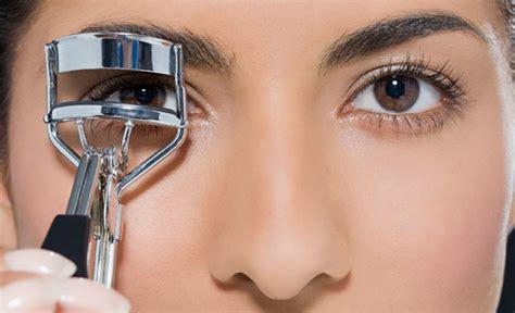 Eye Lash Curler eyelash curlers pro tips on shopping for the tool