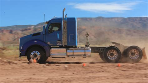 Kenworth Announces 40 Inch Sleeper Configuration For T880
