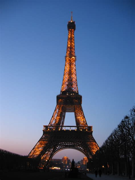 images of paris eiffel tower progression 3