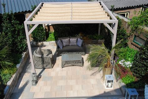 freistehende pergola mit glasdach moderne terrassen 252 berdachung 60 verschiedene ideen