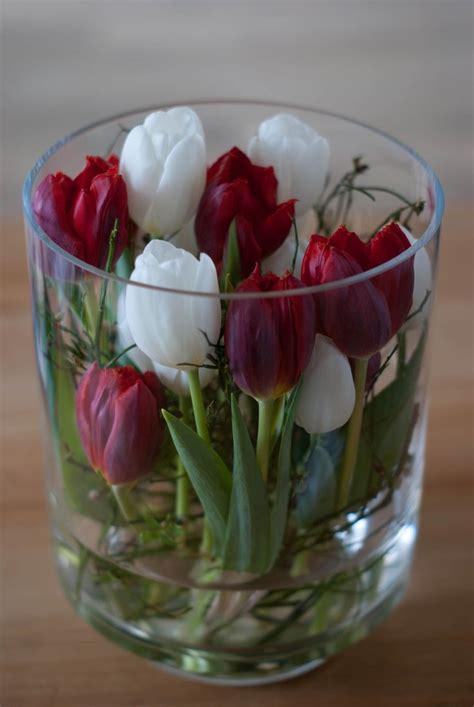 tulpen im glas dekorieren die besten 17 ideen zu gl 228 ser dekorieren auf