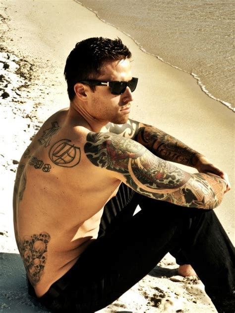 hot tattoo artist male 50 great tattoo ideas for men urban graffiti artist mr