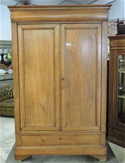 armoire louis philippe ancienne style louis philippe armoire