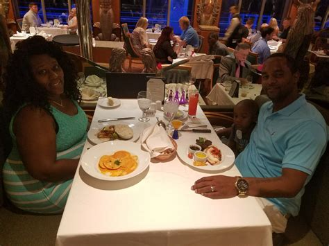 victory food restaurant bar lounge food on carnival victory ship cruise critic
