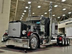 Custom Truck Accessories Mobile Al Meet Black Betty 1984 Peterbilt 359
