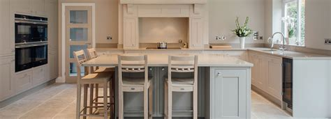 Kitchen Design Surrey Classic Kitchen Design And Installation Surrey Raycross Interiors