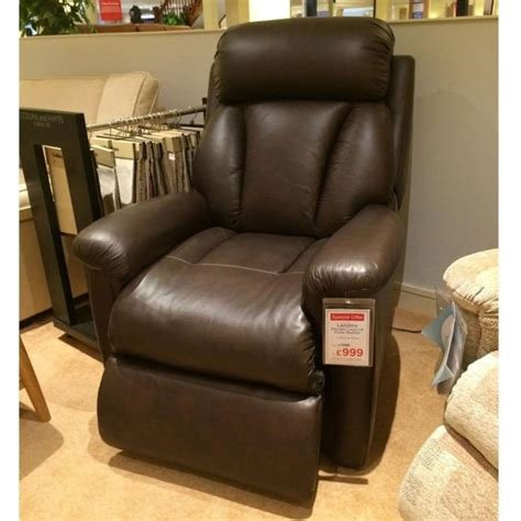 Recliner Clearance by Lazboy Lift And Rise Electric Recliner Clearance
