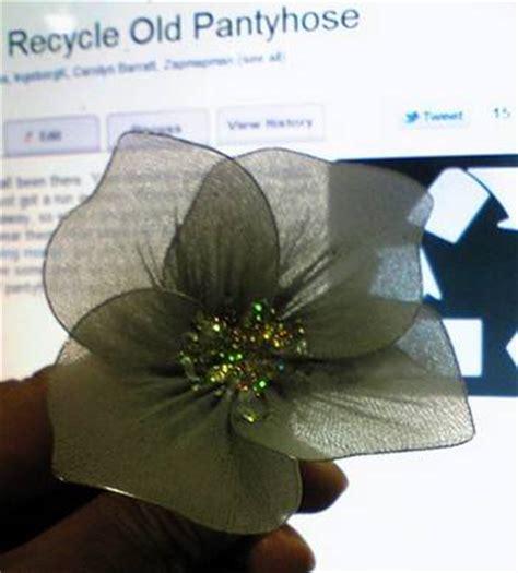 fiori di collant collant 10 riutilizzi creativi per le vecchie calze greenme