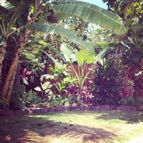 Hawaiian Yard Decorations by Triyae Hawaiian Backyard Decor Various Design