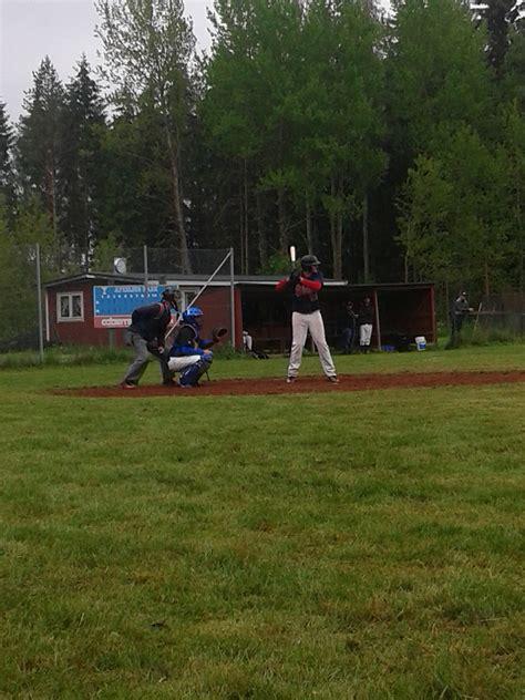 baseball bench coach duties sharks play well win game g 246 teborg hajarna