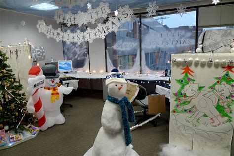 office christmas decorating contest ruth hartnup flickr