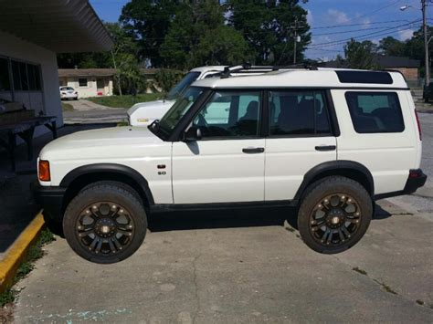 lifted land rover lr2 land rover discovery lifted pixshark com images