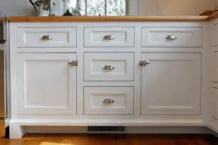 Pull Knobs For Kitchen Cabinets by Kitchen Cabinet Hardware Ideas How Important Kitchens