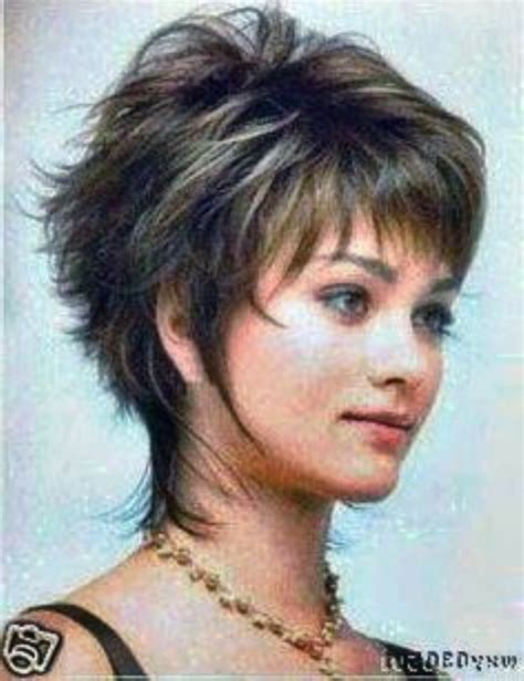 pictures hairstyles for over 40 and overweight short hairstyles for overweight women over 40