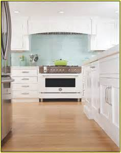 Lowes Tiles For Backsplash - green glass tile kitchen backsplash home design ideas