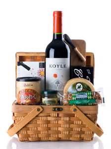 wine and cheese basket wine and cheese basket gift basket with cabernet sauvignon and smoked gouda