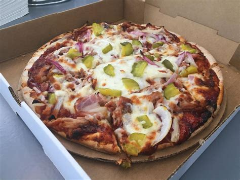 Kc Pizza Kitchen by Kc Kitchen And Pizzeria Opens On 39th Serving